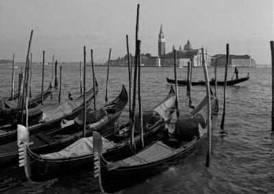 ITALY93-009
